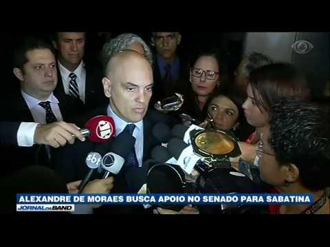 Alexandre de Moraes busca apoio no Senado para sabatina