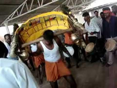 pattanam cbe - Kavadi Attam in vellingiri