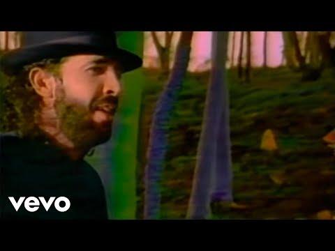 Juan Luis Guerra Y 440 - Burbujas De Amor (Clip)