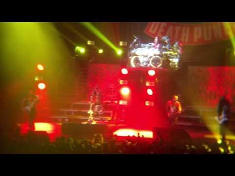Five Finger Death Punch - Wash It All Away (Live at Maverik Center, 10/25/16)