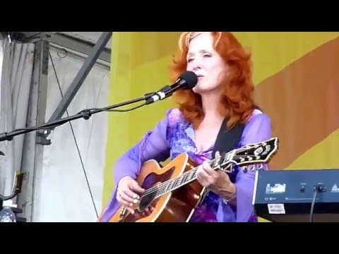 Bonnie Raitt - Angel From Montgomery - Live at Jazzfest New Orleans 2009