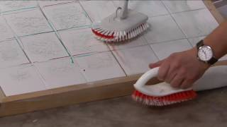 OXO Good Grips Extendable Tub & Tile Brush Scrubber & Extra Heads on QVC
