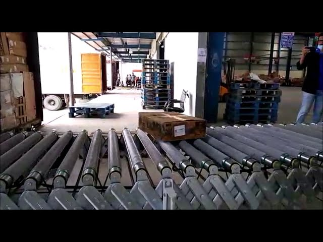 Expandable Flexible Motorized Roller Conveyor - Truck Loading & Unloading | CANOPUS FMRC Series