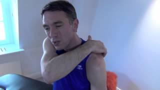 Automassage de l'épaule