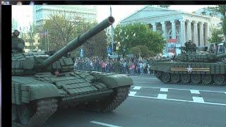 В Донецке прошёл  парад посвящённый  День Победы 9 мая(Парад Победы в Донецке. Прохождение личного состава и боевой техники ВС ДНР., 2015-05-07T20:54:35.000Z)