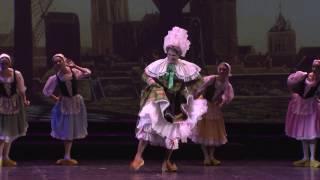 Танец в сабо . Исполняют : Николай Цискаридзе и артистки балета Михайловского театра