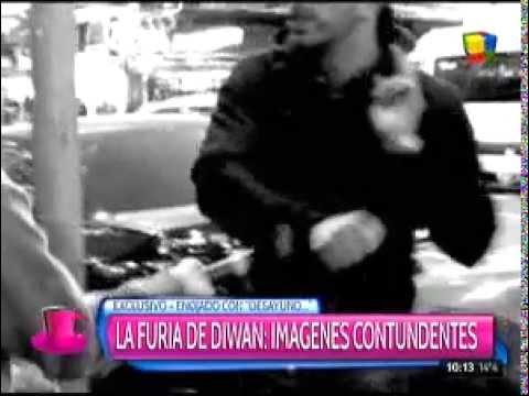 La furia de Ariel Diwan: manoteó el micrófono de un periodista en la calle