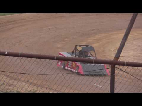 MINI WEDGE FEATURE #2 FROM LEGENDARY HILLTOP SPEEDWAY 5-20-2016