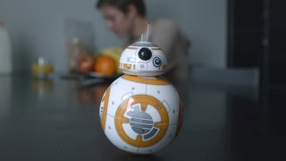 The Sphero BB8 Toy Is Ridiculously Cool