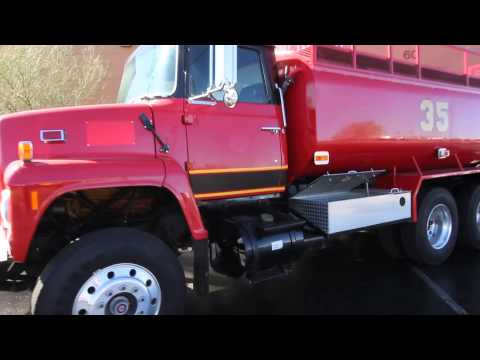 1978 Ford L8000 Water Tanker