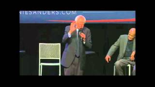Bernie Sanders Heated Exchange With Heckler / Protester At Apollo Theater
