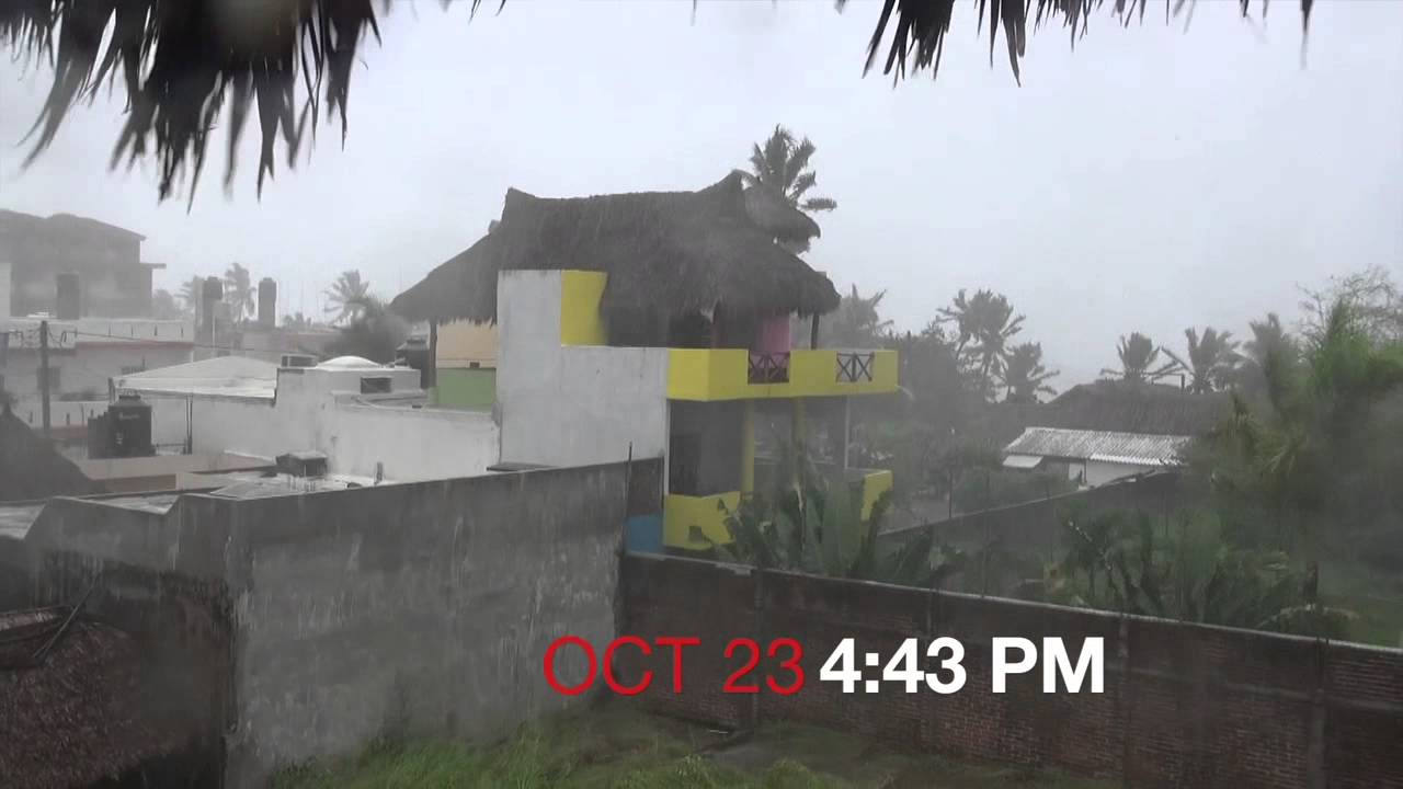 10 23 2015 Hurricane Patricia Hits Melaque Hd Youtube