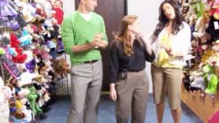Popular What Not to Wear & Clinton Kelly videos