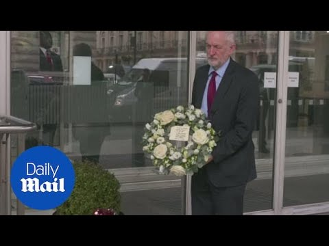 Jeremy Corbyn lays wreath outside High Commission of New Zealand