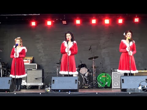 "Lovely Christmas carol ""O Holy Night' performed live by The McAndrew Sisters in Perth, Scotland"