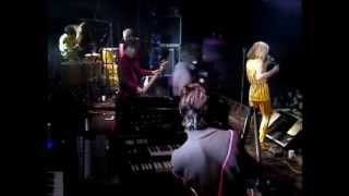 Blondie - Live Glasgow -  with full Sunday Girl (HQ sound)