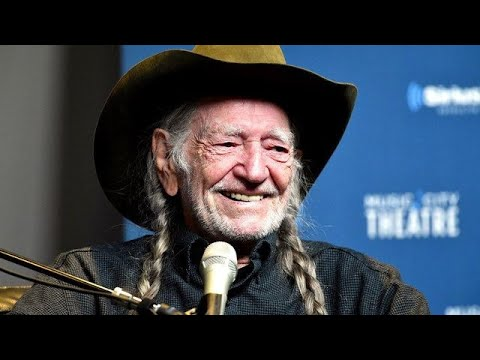 Crystal - VIDEO:  Willie Nelson Stops Smoking Weed & Cigarettes