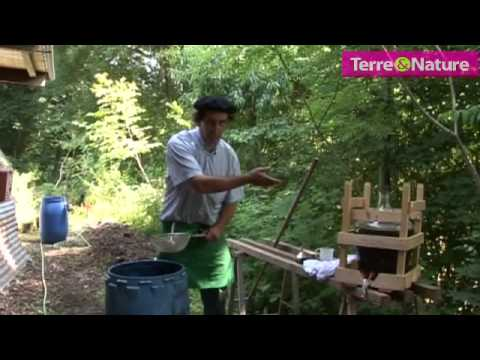 La chasse aux orties doovi - Purin d ortie desherbant ...