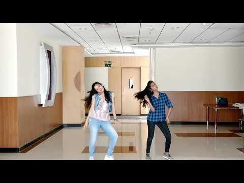Tholi Prema - Allasani Vaari Song Dance by Divi & Vaishnavi
