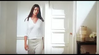 Bridget Moynahan - Natasha - Sex and the City S3E11  Running with Scissors (2000)