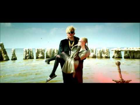 Grimes Ft. Blood Diamonds  - GO - audio -  elvergueto MIX rebajado