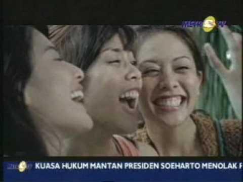 YOUR SMILE FARIZ RM bersama artis cantik (feat Dian Sastro)