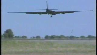 U-2 Dragon Lady: Landings