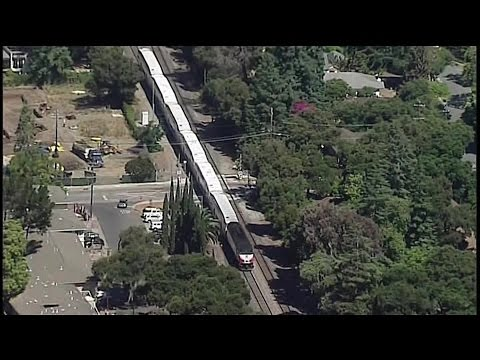 Raw Video: Menlo Park Scene Where Pedestrian On Tracks Killed By Caltrain