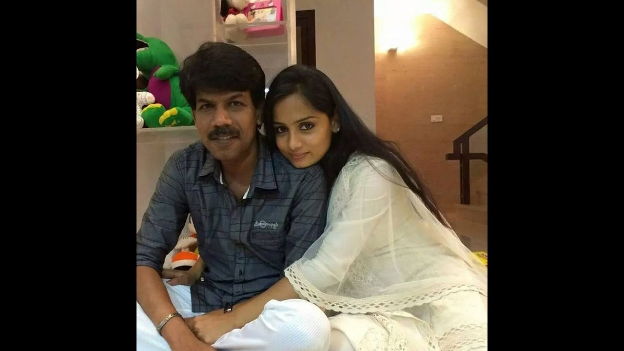Director Bala Family And Movie Image Video