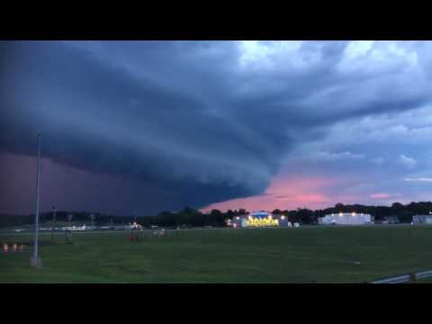 Shelf Cloud storm front at Dutchess County Airport, Poughkeepsie / Wappingers Falls NY 7/18/2016