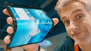 Royole FlexPai - Hands on the First Foldable Smartphone