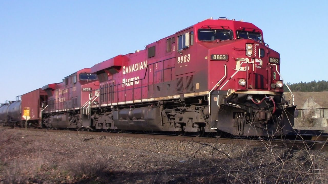 Railfanning Chambers Bay, Ft  Lots of Foreign Power, Double BNSF  Warbonnets, meets, and more! 3/3/19