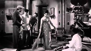 Server Sundaram - Nagesh-Manorama first film