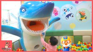 뽀로로 키즈카페 테마파크 어린이 놀이 시간 ♡ 뽀로로 자동차 미끄럼틀 장난감 놀이 동탄점 #2 Indoor Playground Fun | 말이야와아이들 MariAndKids