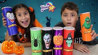 Maria Clara e JP comem batatas misteriosas de Halloween | Halloween stories for kids