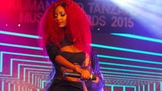 Jibu la Vanessa kwa shabiki aliyemuambia hajui kuimba Live