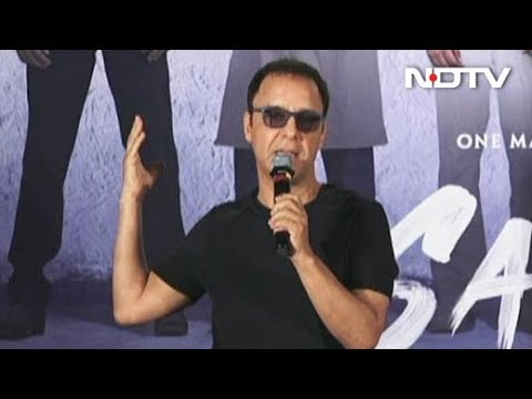 Ranbir Kapoor's Choice Of Scripts Has Been Stupid: Vidhu Vinod Chopra