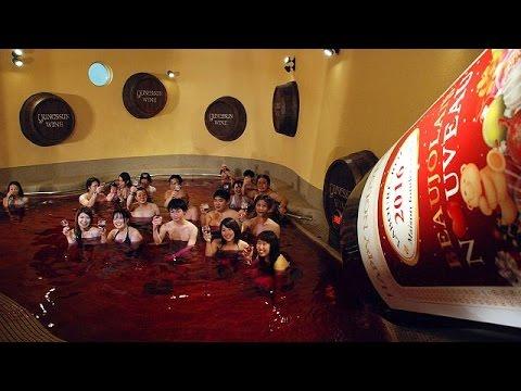 Japanese wine lovers take a bath in Beaujolais Nouveau!