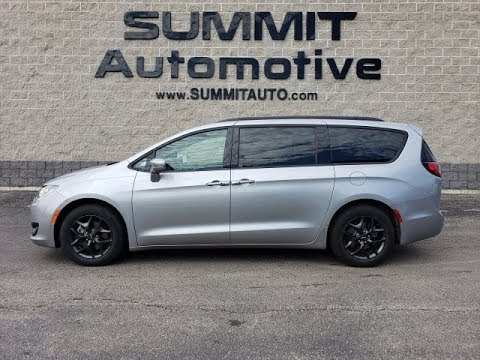 8C92A 2018 CHRYSLER PACIFICA LIMITED S WALK AROUND REVIEW www.SUMMITAUTO.com