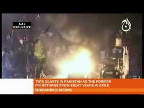 Scores killed in Karachi bomb blasts
