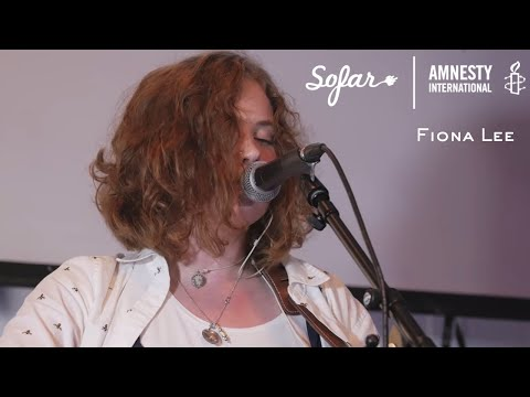 Fiona Lee - Naive When It Comes To You | Sofar Hull - GIVE A HOME 2017