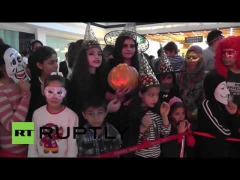 Iraq: Trick or treat? Kurds mark first ever Hallowe'en