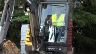 Volvo Compact Excavator EC27C Features