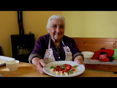 wine article Meet One Of The Oldest Pastamaking Grannies In The World
