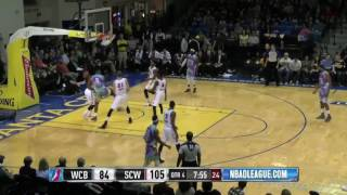 Warriors Rookie Damian Jones' MONSTER Slam in Santa Cruz thumbnail
