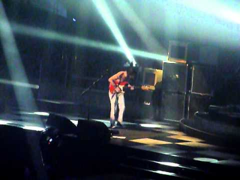 Biffy Clyro - Saturday Superhouse at Wembley Arena.