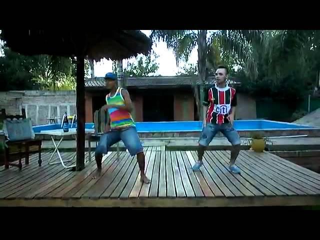 turros bailando MeGa TirAte uN P