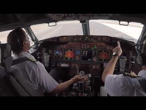 Boeing 737-800 - Start and Takeoff Procedure - Santiago de Chile -