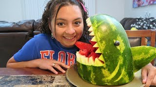 We turned a Watermelon into a SHARKMELON!!