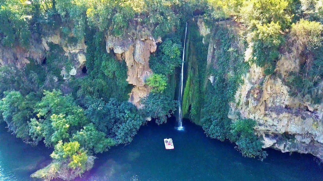 Cascade des Baumes à Saint-Rome-de-Tarn [drone 4K] 🚁